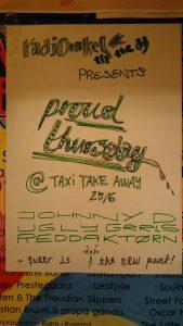 Johnny D og reddaktørn og Ugly Grrls på Taksi